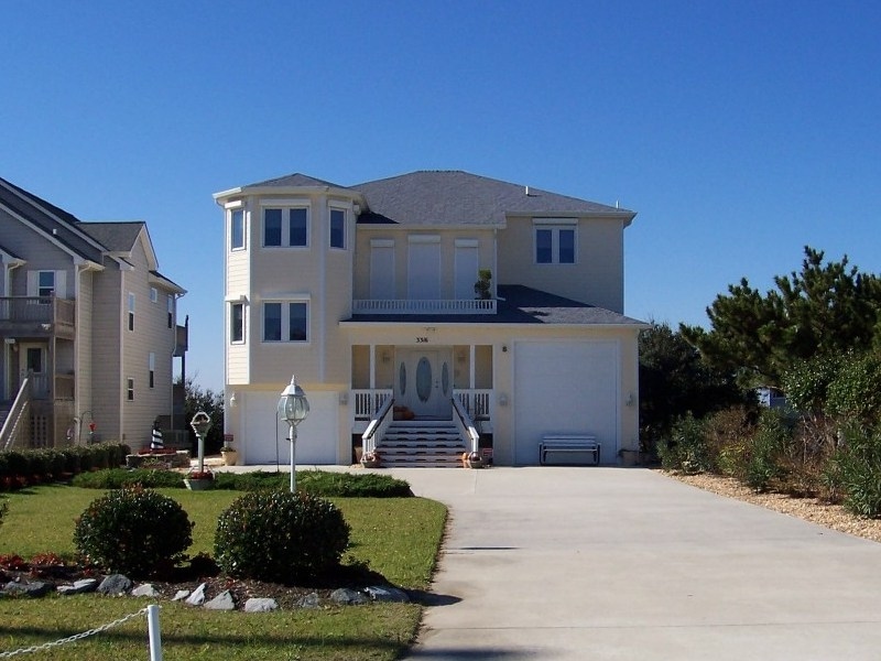 Bay Drive Kitty Hawk NC custom design waterfront home